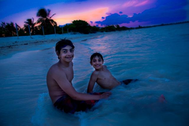 GG RTW Mexico Ryan Danny Beach 3 PDC LR