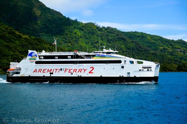 RTW Tahiti Ferry 1 2014 wm
