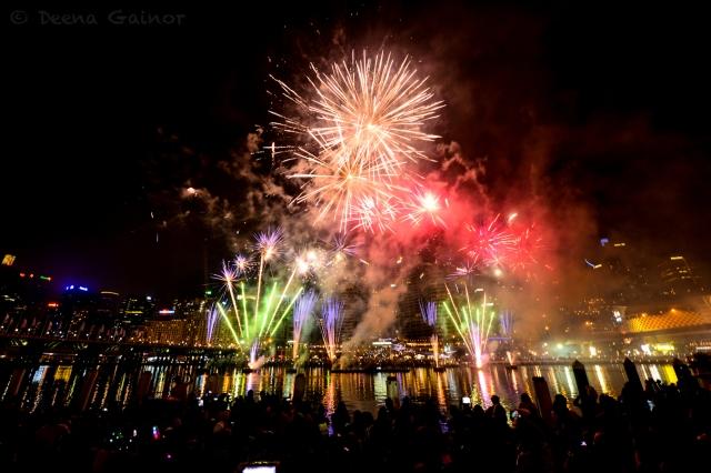 RTW AUS Sydney Fireworks 2 wm