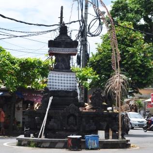statue temple